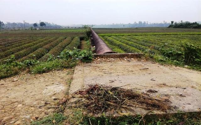 Nghệ An: Công trình thủy lợi tiền tỷ xây xong chờ ngày... phá hủy! - 14