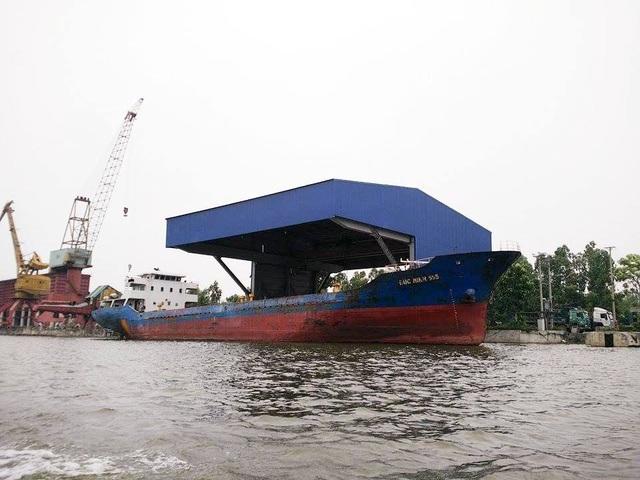 Cảng xây dựng vi phạm pháp luật đê điều tại phường Bích Đào, thành phố Ninh Bình của Tập đoàn Vissai Ninh Bình.