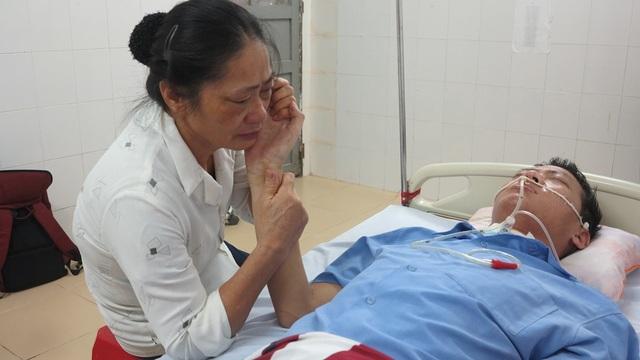 Bà Tam dường như ngày nào cũng khóc vì đứa con của mình.