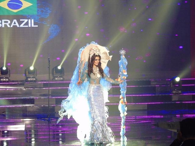 Phần trình diễn của người đẹp đến từ Brazil