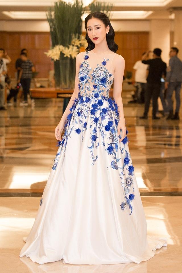 Á hậu cuộc thi Hoa hậu Đại dương Hà Thu hoạt động tích cực sau khi đăng quang