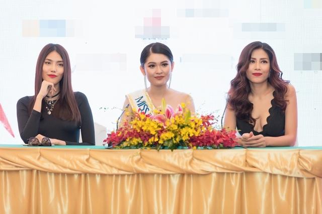 Sau quá trình chờ đợi hoàn hiện việc cấp phép dự thi quốc tế, lễ công bố Á hậu Việt Nam 2016 - Huỳnh Thị Thuỳ Dung đại diện Việt Nam tham gia thi đấu tại Miss International - Hoa hậu Quốc tế 2017 đã chính thức diễn ra tại TPHCM.