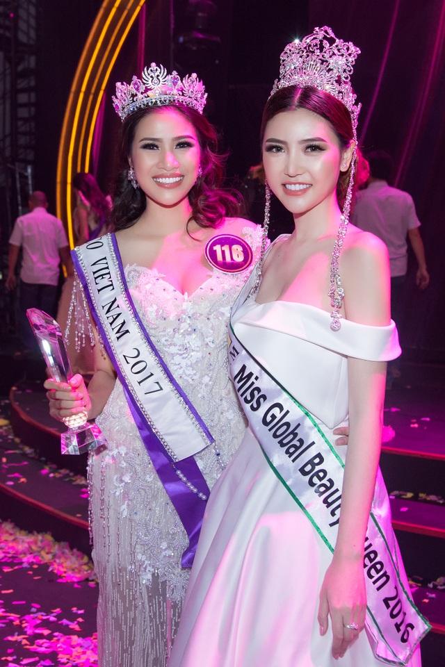 Ngọc Duyên cùng Á khôi 1 Hoa khôi Du lịch Nguyễn Thị Thành, đến từ Bắc Ninh. Nguyễn Thị Thành từng là thí sinh được chú ý tại cuộc thi Hoa hậu Việt Nam 2016 vì scandal chỉnh sửa răng.
