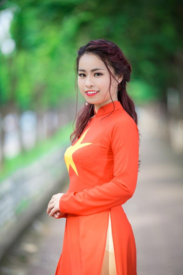 Thu Hà dịu dàng với áo dài - 6