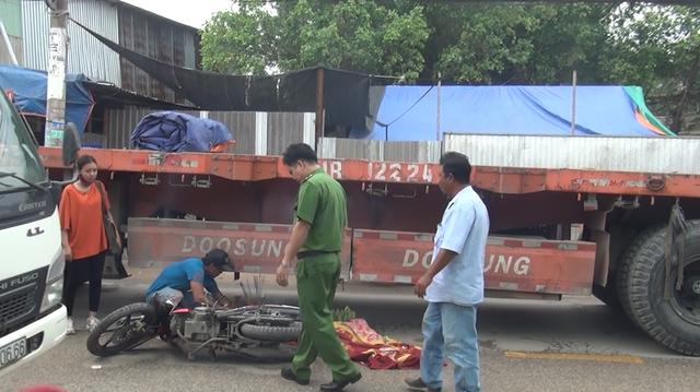 Hiện trường vụ tai nạn khiến nữ sinh tử vong thương tâm