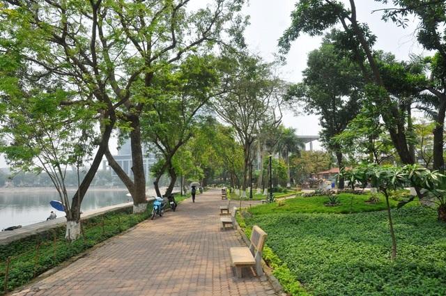 Toàn cảnh hồ Thành Công trước đề xuất cho lấp để xây nhà - 11