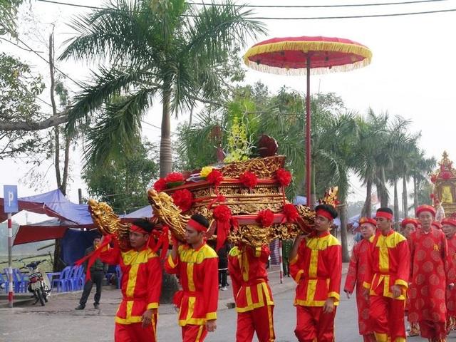 Đây là năm thứ 3 lễ rước kiệu Ngọc Lộ được phục dựng lại tại lễ hội Khai ấn đền Trần Nam Định
