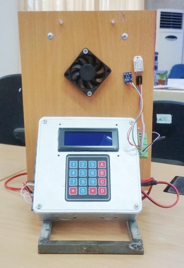 Sản phẩm hệ thống bộ điều khiển nông nghiệp công nghệ cao