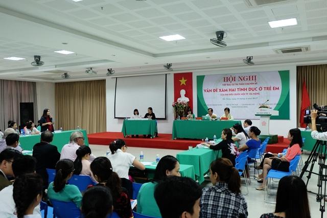 Hội nghị tiếp xúc cử tri chuyên đề Vấn đề xâm hại tình dục ở trẻ em của đoàn đại biểu Quốc hội TP Đà Nẵng vừa diễn ra sáng 13/4