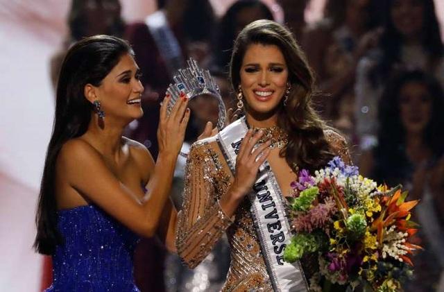 Iris Mittenaere đăng quang ngôi vị Hoa hậu hoàn vũ 2016 vào tháng 1/2017.