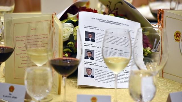 Thủ tướng Nhật được chiêu đãi cơm rang, ngọn su su xào tại Hà Nội - 5
