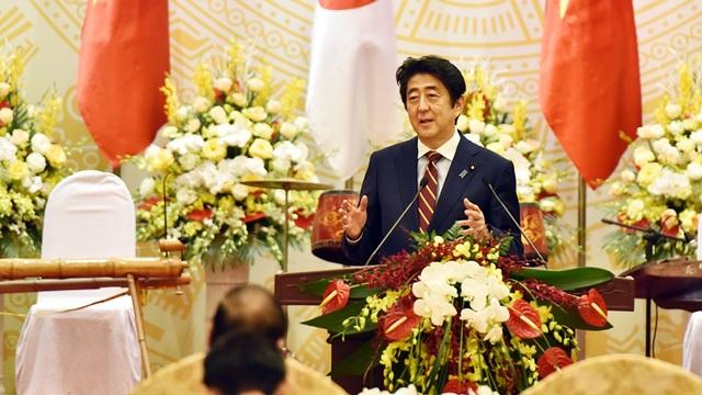 Thủ tướng Abe cảm ơn Việt Nam về sự đón tiếp nồng hậu dành cho đoàn Nhật Bản