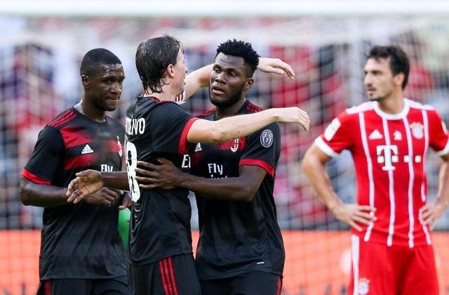 AC Milan vùi dập Bayern Munich 4 bàn không gỡ