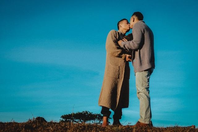 Đà Lạt đẹp mê hồn trong video tình yêu của NTK đồng tính - 16