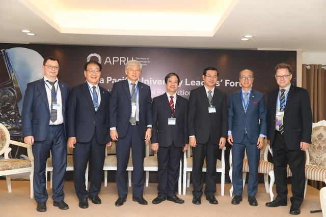 Diễn đàn lãnh đạo các đại học APEC - 3