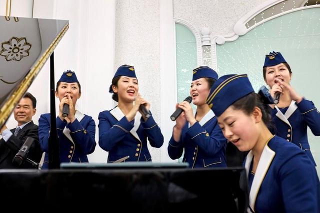 Các tiếp viên của hãng hàng không Triều Tiên Air Koryo