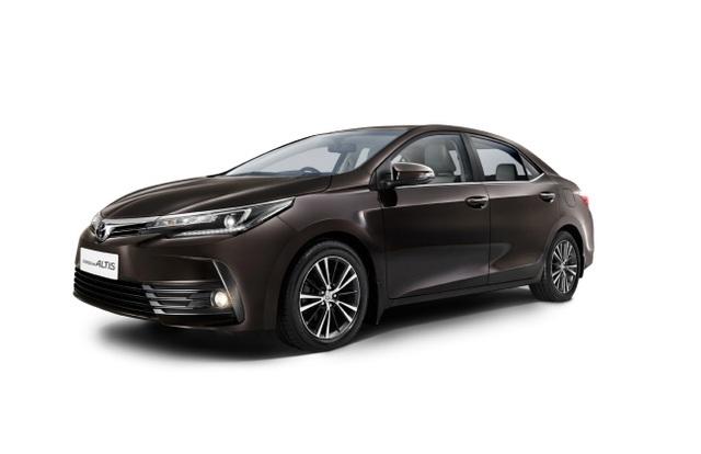 Toyota triệu hồi hơn 23.000 xe Corolla Altis do lỗi túi khí - 1