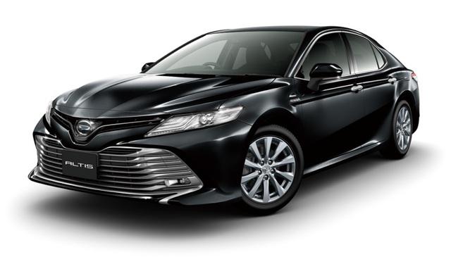 Mẫu Altis này về cơ bản chính là Toyota Camry, nhưng mang mác Daihatsu.