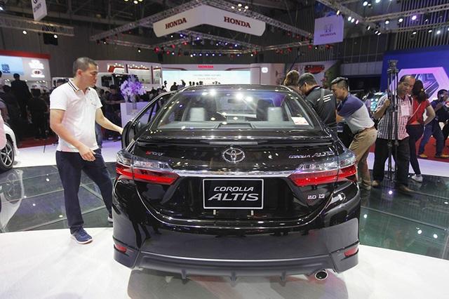 Nên xem gì tại gian hàng Toyota tại Triển lãm ô tô Việt Nam 2017? - 6