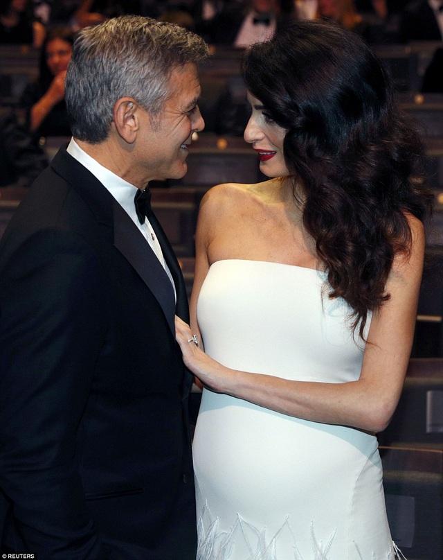 Clooney từng hẹn hò, kết hôn với rất nhiều người đẹp nổi tiếng thế giới nhưng ông chưa bao giờ khao khát được làm cha