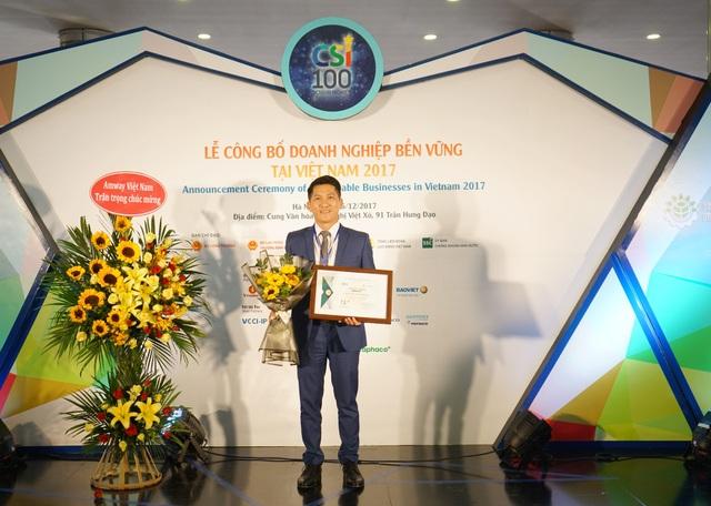 Amway Việt Nam vinh dự nhận giải Top 100 Doanh nghiệp phát triển bền vững tại Việt Nam 2017