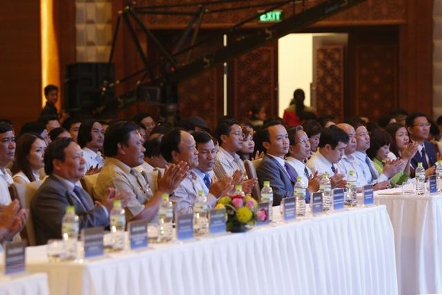 Các đại biểu đến dự Lễ công bố Quần thể FLC Sầm Sơn đạt chuẩn 5 sao.