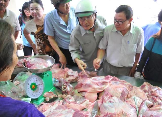 Các điểm bán thịt heo sạch, bình ổn giá được Đồng Nai mở ra để giải cứu người chăn nuôi.