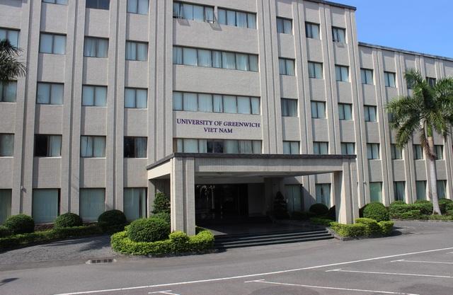 Tọa lạc trong khuôn viên Toà nhà FPT tại KCN An Đồn, Đà Nẵng, trường có cơ sở vật chất hiện đại bao gồm phòng học, thư viện, phòng chức năng và các không gian sinh hoạt chung cho sinh viên.