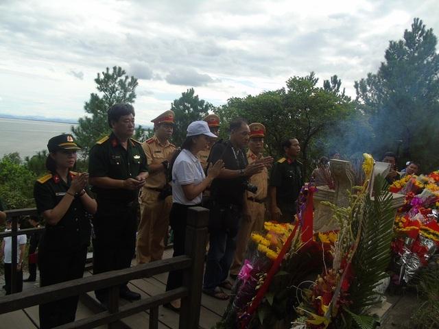 Trao nhiều phần quà đến các gia đình chính sách tại Quảng Bình - 5