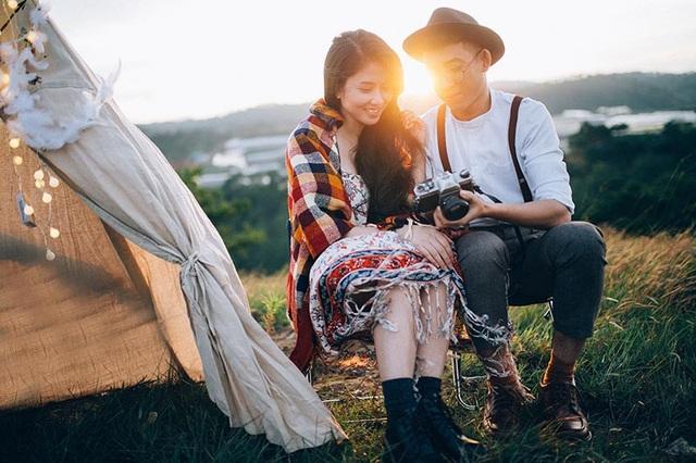 """Cảm ơn cuộc đời vì đã cho em được gặp, được yêu và được nắm tay anh đi đến cuối con đường"""", Hương Giang không ngần ngại dành những lời có cánh gửi đến Duy Tú."""