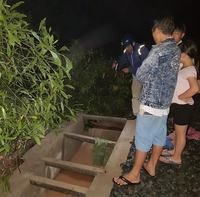 Đoạn cống thoát nước chưa đậy nắp nơi bé trai 11 tuổi bị cuốn trôi