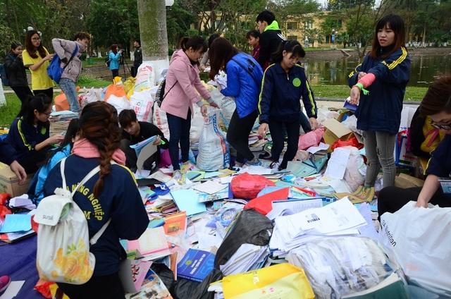Các loại sách vở còn sử dụng được sẽ được ban tổ chức tái sử dụng và ủng hộ các em nhỏ gặp khó khăn tại Thái Nguyên, còn lại giấy vụn hay bìa cứng sẽ được chuyển tới các cơ sở tái chế. Dự kiến khi kết thúc chương trình, BTC sẽ thu được khoảng 5 tấn giấy.
