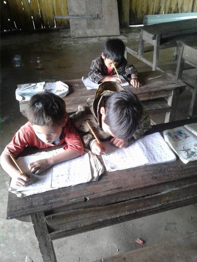 Một lớp học ở miền núi của huyện Trà My, Quảng Nam (ảnh Trần Tuấn)