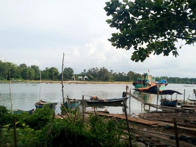 Khu vực nơi em V. tắm sông chết đuối thương tâm