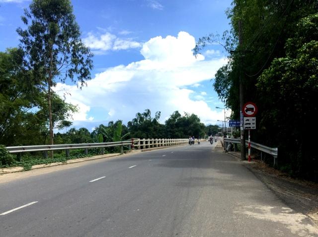 Cầu Hòa Đông nơi cô giáo H. tự vẫn