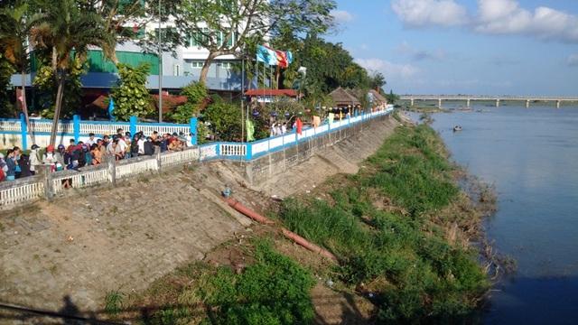 Liên tiếp hai vụ nhảy cầu Trà Khúc (Quảng Ngãi) tự tử trong hai ngày 3 và 5/2.