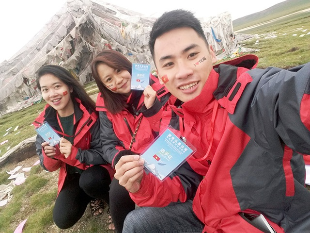 Đối với Nguyễn Sỹ Hùng, Nguyễn Thị Linh và Vũ Quỳnh Trang, trại hè này là một chuyến đi ý nghĩa và đáng nhớ. Riêng Vũ Quỳnh Trang sẽ có cơ hội trở lại khi du học tại trường ĐH Fudan Thượng Hải.