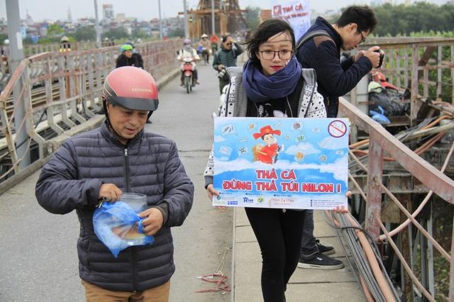 Thông điệp Thả cá đừng thả túi nilon