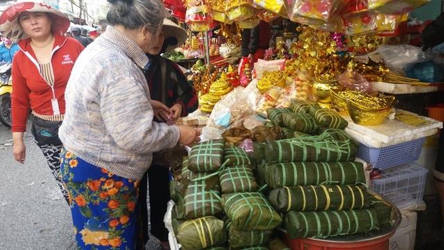 Bánh chưng có giá 35 - 50 ngàn đồng/kg