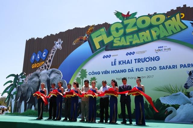 Lễ cắt băng khai trương Công viên hoang dã FLC Zoo Safari Park.