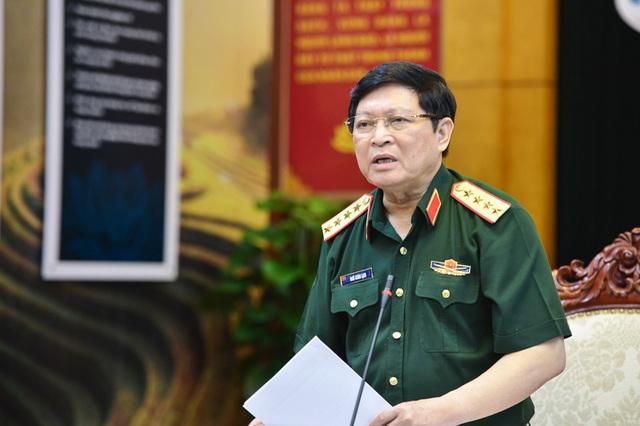 Bộ trưởng Bộ Quốc Phòng Đại tướng Ngô Xuân Lịch yêu cầu Viettel đẩy mạnh nghiên cứu sản xuất thiết bị điện tử viễn thông mà trọng tâm là thiết bị mạng viễn thông