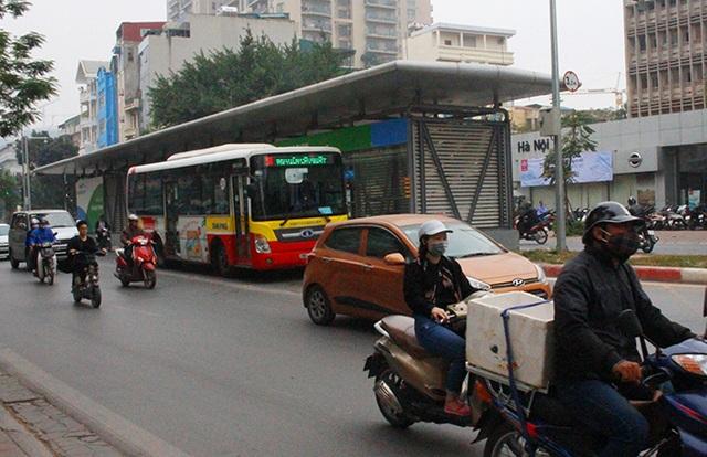 Buýt thường lấn làn buýt nhanh - 5