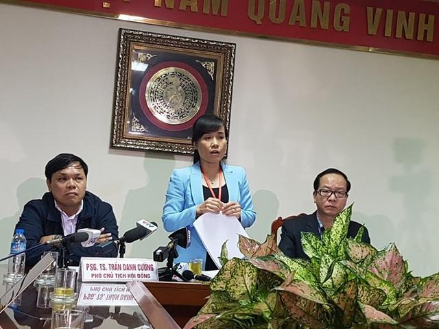 Bà Tô Thị Mai Hoa, Giám đốc Sở Y tế Bắc Ninh – Chủ tịch Hội đồng chuyên môn Sở Y tế thông báo kết luận ban đầu vụ 4 trẻ sinh non tử vong tại Bệnh viện Sản Nhi Bắc Ninh.