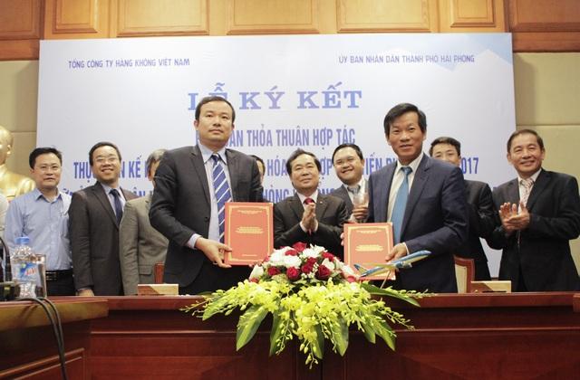 Lễ ký kết thỏa thuận hợp tác giữa Vietnam Airlines và TP Hải Phòng ngày 20/3