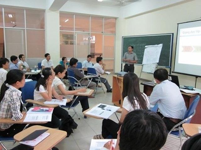 Bối cảnh quốc tế đòi hỏi giảng viên phải thay đổi phương pháp sư phạm và giảng dạy (ảnh minh hoạ)