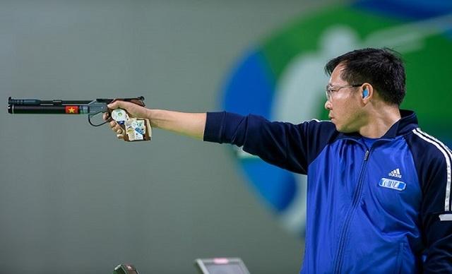 Hoàng Xuân Vinh giành 1 HCV và 1 HCB ở Olympic 2016