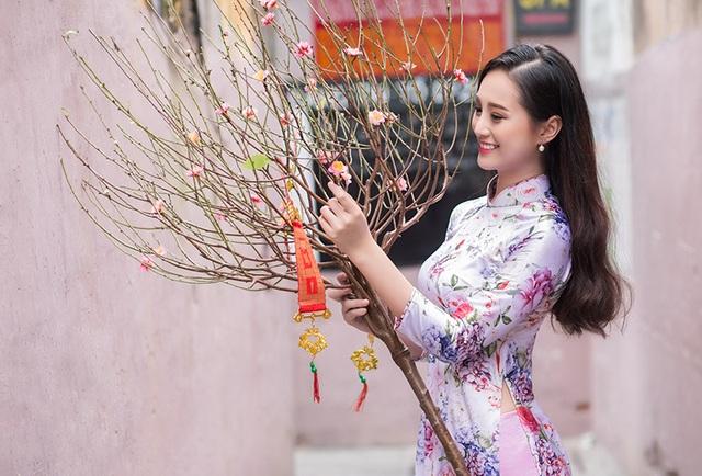 Ngọc từng giành giải Nhì cuộc thi Miss Áo dài Việt Nam 2015, Quán quân Ngôi sao mùa hè 2016. Với Bảo Ngọc, việc tham gia các sân chơi về sắc đẹp dành cho các bạn trẻ tạo cho cô bạn bước đệm để có thể tham gia các cuộc thi lớn hơn. Qua đó, Ngọc có thêm nhiều người bạn mới và tích lũy được nhiều thêm kinh nghiệm học tập từ mọi người.