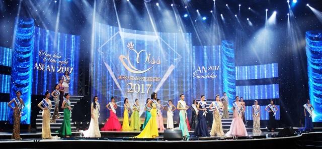 Đêm chung kết với sự tham gia của 27 người đẹp đến từ 8 nước Đông Nam Á.
