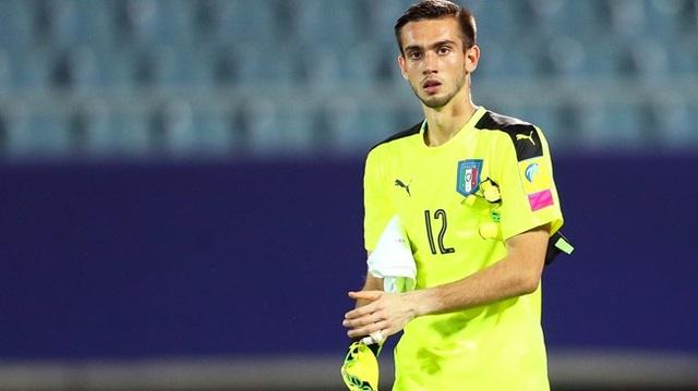 Thủ thành Andrea Zaccagno đang chơi xuất sắc tại World Cup U20