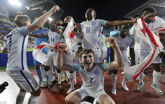 Tương lai tươi sáng của bóng đá Anh, với dàn cầu thủ vô địch World Cup U20